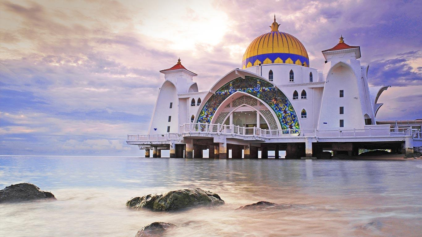 The Malacca Straits Mosque马六甲~水上回教堂Masjid Selat Malaka